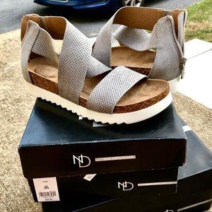 new direction summer sandals